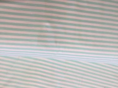 Jersey, mit grün-weiß gestreift